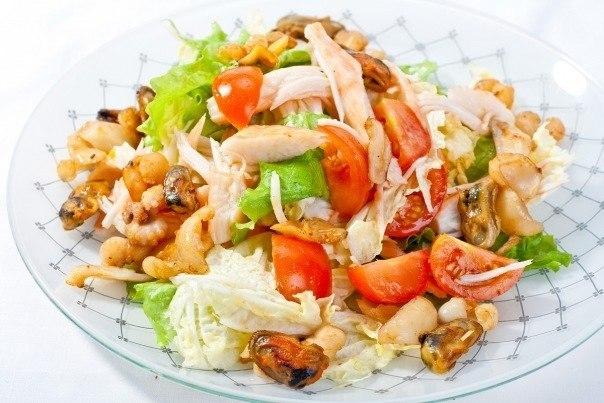 Салат с морепродуктами в масле рецепт с