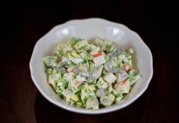 Салат рецепт с с крабовыми палочками и грибами