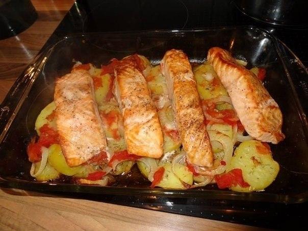 Салат с рыбой красной соленой рецепты