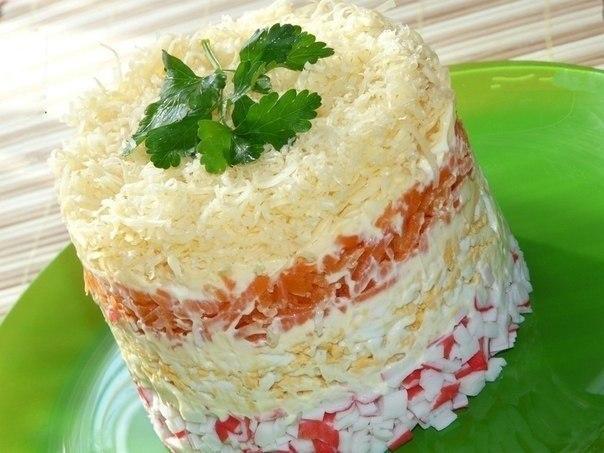 Рецепты салатов с крабовыми палочками и сыром пошагово