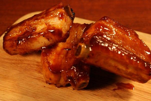 свиные ребрышки с соевым соусом и медом в духовке рецепт с фото
