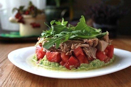 Диетические салаты с авокадо и тунцом