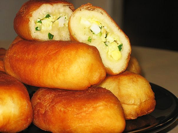 Рецепты жареных пирожков с картошкой и луком