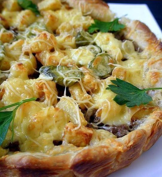 Пирог с фаршем картошкой и сыром в духовке рецепт