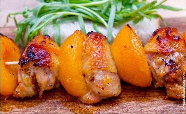 Курица с персиками рецепт